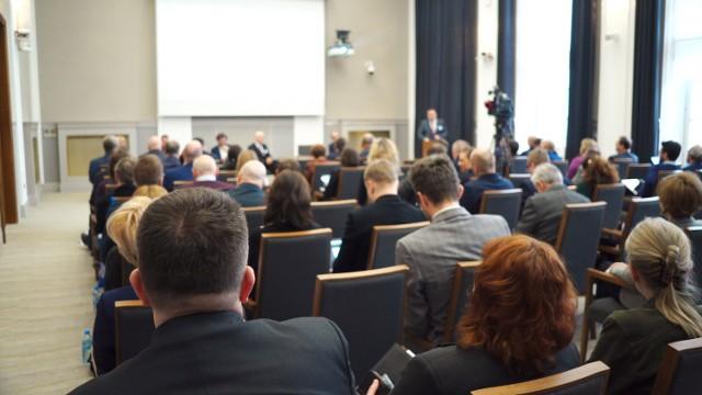 Konferencja NIK: Aglomeracje miejskie - wpływ transportu drogowego na jakość powietrza [ZDJĘCIA, WIDEO]