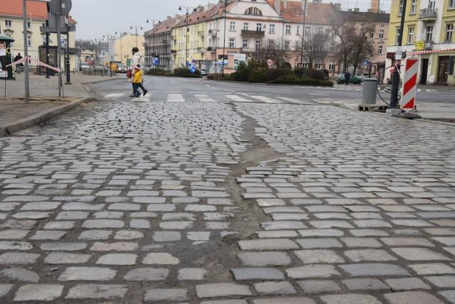 Tak wygląda wjazd na Zamkową od strony pl. Jana Pawła II