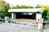 W amfiteatrze dzieci musiały być w maseczkach mimo wielkiego upału!