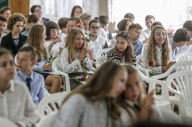 Ministerstwo Edukacji Narodowej ogłosiło, że tym razem nowy rok szkolny rozpocznie się 4 września.