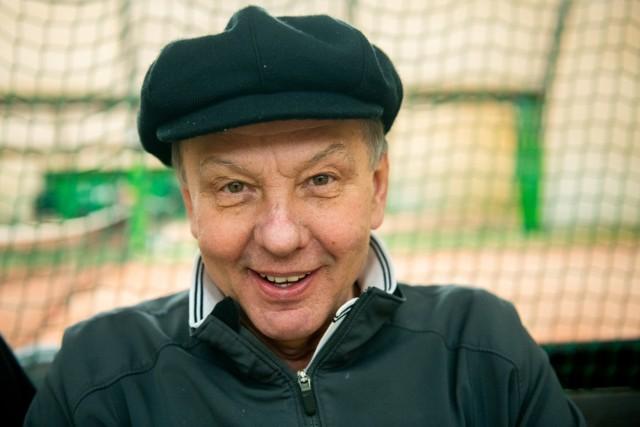 - Zenek, pewnie jak by nie został kabareciarzem, to byłby tenisistą –  wspomina Władysław Pasewicz, nestor międzyrzeckich tenisistów.