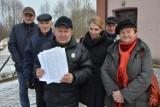 Budowa masztu w Grocholicach budzi obawy okolicznych mieszkańców