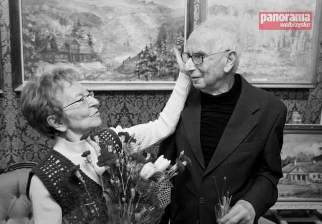 Wanda i Józef Wiłkomirscy na spotkaniu z mieszkańcami regionu wałbrzyskiego, które zorganizowano w maju 2010 r. w Szczawnie-Zdroju