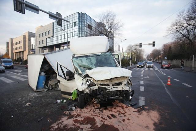 Wypadek w Katowicach. Skrzyżowanie Damrota i Powstańców już przejezdne