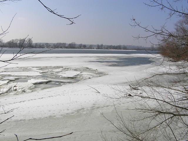 Topnieje lód na Wiśle i śnieg na ziemi. Przez kilka dni temperatura będzie rosła, osiągając w Kujawsko-Pomorskiem około 14-15 stopni.