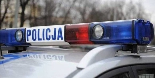 2 stycznia 2021 roku kilka minut przed godz. 1.00 w nocy, policjanci z Jabłonowa Pomorskiego, w miejscowości Piecewo, zauważyli motorowerzystę, który na widok radiowozu zatrzymał się, po czym razem z pojazdem przewrócił się na pobocze.