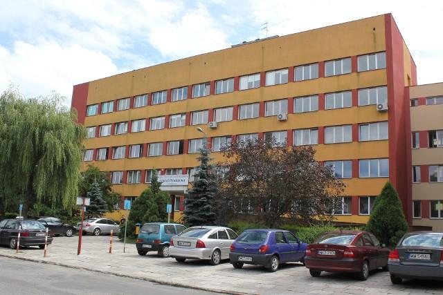Szpital w Kozienicach od poniedziałku 21 grudnia będzie przyjmował nie tylko zakażonych koronawirusem.