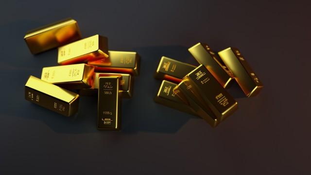 Złoto na światowych wyceniane jest przede wszystkim w dolarze amerykańskim.