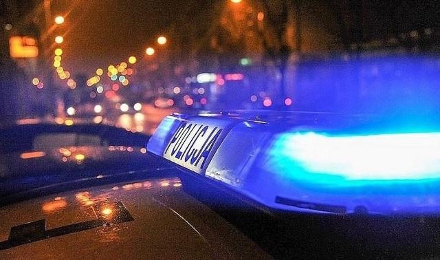 policyjny radiowóz, zdjęcie ilustracyjne.