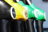 15 osób zatrzymanych w związku z kradzieżami paliwa z cystern