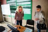 Rejestracja w Powiatowym Urzędzie Pracy - zasady. Tak to wygląda stacjonarnie i online [poradnik]