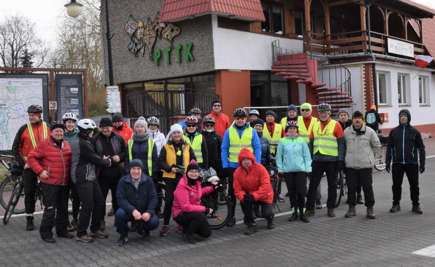 """W """"Rozpoczęciu sezonu rowerowego"""" uczestniczyło 30 turystów"""