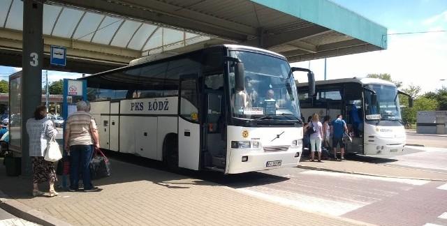 PiS chce dofinansować nierentowne linie PKS i wznowić zawieszone połączenia autobusowe.