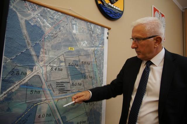 Prezydent Nowej Soli Wadim Tyszkiewicz zapewnia, że działek jest jeszcze sporo dla inwestorów. Teraz trzeba przyciągnąć pracowników