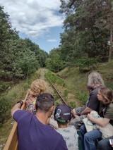 Drezyną po nieczynnej linii kolejowej nr 368 z Sierakowa do Lesionek? Dlaczego nie! Od niedawna do wyboru są dwie drezyny