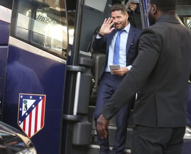 Real - Atletico to finałowa para Ligi Mistrzów. Piszemy, dlaczego naszym zdaniem wygra Atletico. Zapraszamy też do śledzenia relacji  online na naszej stronie. Podpowiadamy także, gdzie oglądać transmisję meczu.