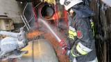 Paliła się suszarnia kukurydzy w Boryniu (gm. Sulechów). Siedem zastępów straży ratowało blisko 30 ton kukurydzy