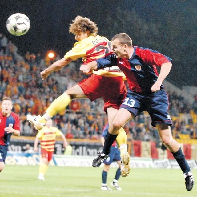 Skaczący najwyżej do piłki Brazylijczyk Everton rozegrał świetny mecz z Piastem Gliwice. Liczymy na powtórkę w spotkaniu z ŁKS-em.