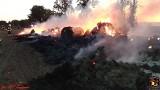 Kolejny nocny pożar stogu w gminie Kruszwica [zdjęcia]