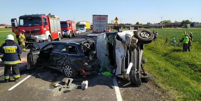 Wypadek koło Tuszyna na DK 91. Zderzenie pięciu samochodów w Srocku