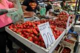 Kraków. Zobacz, ile kosztują warzywa i owoce na targowiskach [ZDJĘCIA]