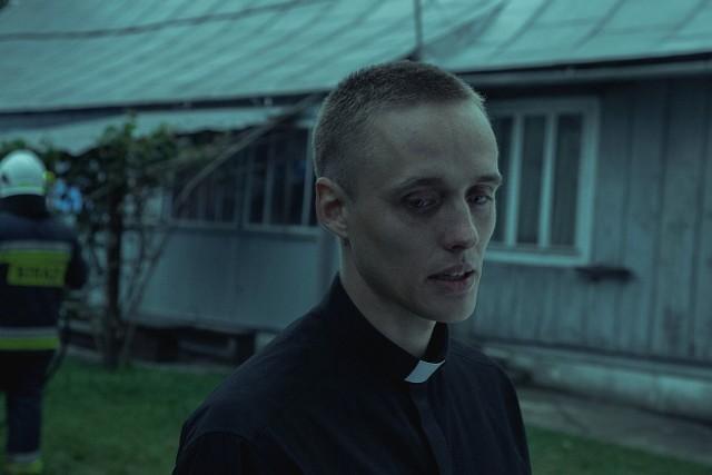 """Kadr z filmu """"Boże Ciało"""" w reżyserii Jana Komasy"""