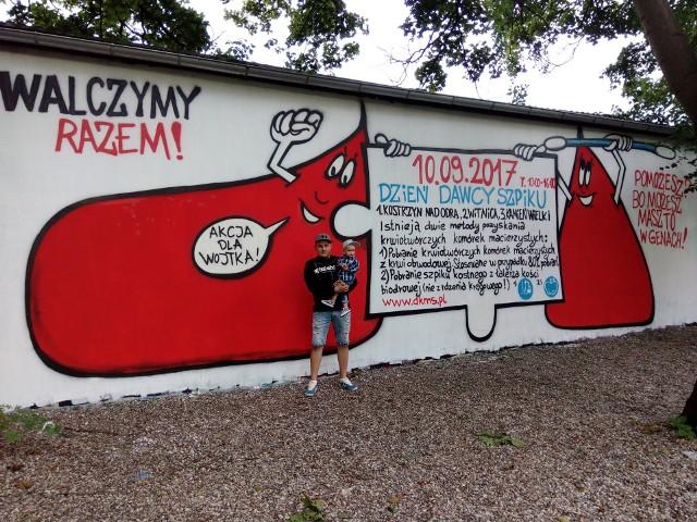 W Kostrzynie nad Odrą powstało nawet graffiti, zachęcające do zarejestrowania się jako potencjalni dawcy szpiku.