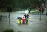 Wielka powódź w Gdańsku. Dwadzieścia lat od tragedii. 9 lipca 2001 r. nawałnica zalała miasto. Zobacz archiwalne zdjęcia