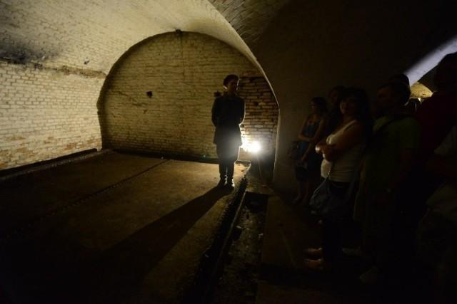 Dni Twierdzy Poznań - zwiedzanie fortu Va i rekonstrukcje historyczne przed Śluzą Katedralną