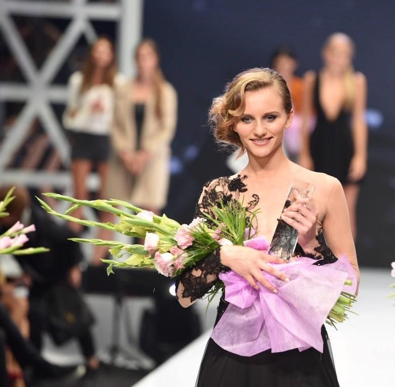 Adrianna Sieklińska została laureatką konkursu dla modelek The Look Of The Year 2015. Na wybiegu Centrum Promocji Mody ASP stanęło w środę (2 września) 16 finalistek Wszystkie miały takie samo marzenie - wejść do świata mod