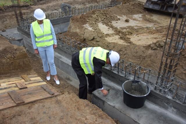 Budowa pierwszego zakładu na terenie Płużnickiego Parku Inwestycyjnego rozpoczęta została w lipcu 2020 r. Pod koniec sierpnia widać pierwsze efekty