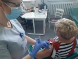 Szczepienia przeciw Covid-19 w powiecie białobrzeskim. W tym tygodniu objazdowe punkty szczepień będą w Stromcu i Bukównie