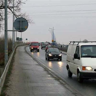 Ociążenie tego mostu na Wisłoce jest bardzo duże. Zdaniem mieszkańców, najwyższy czas na dodatkową przeprawę.