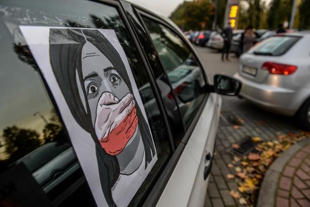 Ksiądz z Gdańska groził bronią uczestniczce Strajku Kobiet