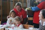 Wielkanoc 2020. Osoby ubogie, samotne i starsze otrzymają pomoc na święta: koszyczki ze święconką i paczki żywnościowe