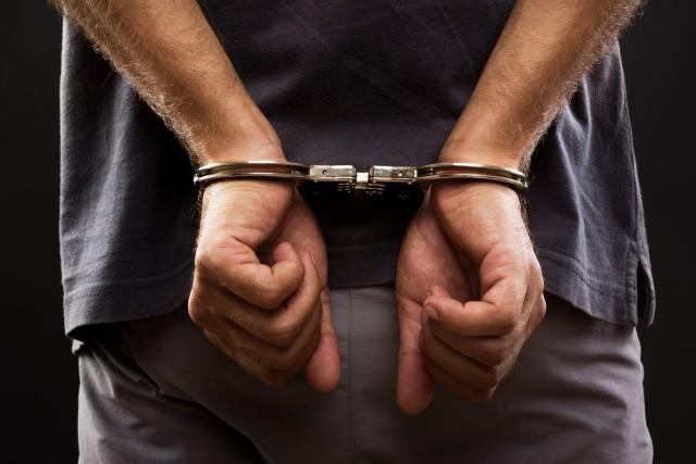 42-letni mężczyzna, który dźgnął żonę nożem w szyję trafił na trzy miesiące do aresztu