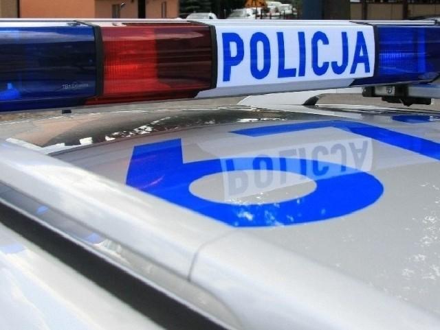 Dwa pojazdy zderzyły się w Różankach. Wprowadzono ruch wahadłowy.