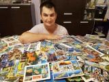 Dostał siedem tysięcy kartek z wakacji. Czeka na więcej! Przemek Ledzian wciąż marzy o rekordzie Guinnessa
