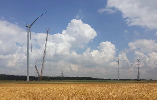 Wiatraki w Krapkowicach mają zacząć produkować prąd we wrześniu 2021 r.