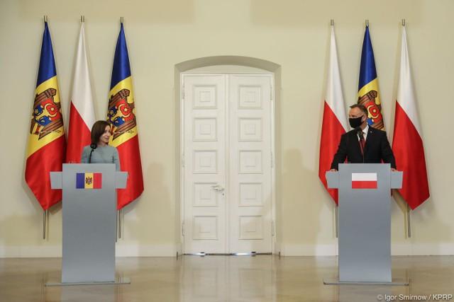 Pałac Prezydencki. Wypowiedzi Prezydentów Polski i Mołdawii dla mediów