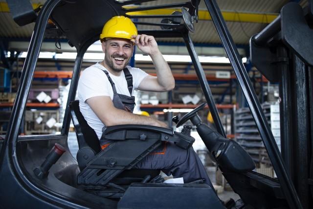 Branża logistyczna  potrzebuje operatorów wózków widłowych z uprawnieniami UDT