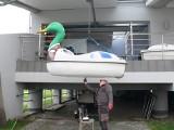 Trwa wiosenna konserwacja sprzętu pływającego przy Bulwarze nad Wisłą w Sandomierzu. Znamy termin inauguracji sezonu [ZDJĘCIA]