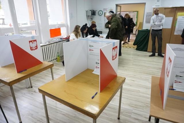 Wybory samorządowe 2018: Poznański urząd miasta potwierdza, że system ePUAP zawiódł. Wielu wyborców nie mogło zagłosować