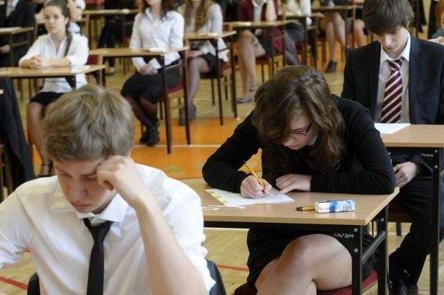 Egzamin gimnazjalny - angielski [odpowiedzi, testy, arkusze]