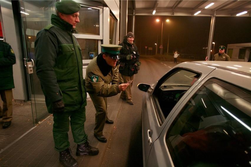Kontrole na granicy polsko-niemieckiej zniesiono w grudniu...