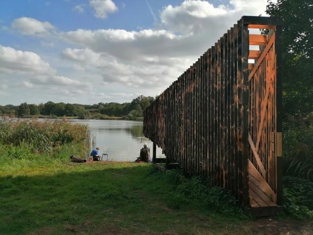 Wyjątkowa konstrukcja, która stanęła na poznańskich Jeżycach, widoczna jest już z daleka - nawet z drugiej strony jeziora Rusałka. Poznaniacy zadają sobie pytanie, do czego służy ten nietypowy obiekt.Przejdź dalej i sprawdź --->