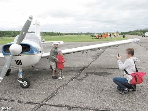 Rok temu na płycie lotniska odbywały się pikniki lotnicze.