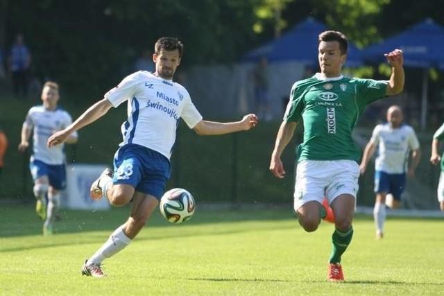 Sebastian Olszar nie może być zadowolony z wyniku Floty, choć sam strzelił gola. Jego zespołowi zabrakło 30 sekund do zwycięstwa.
