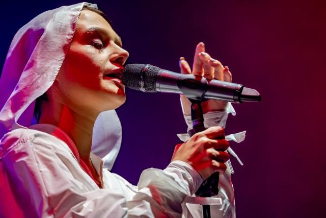 W ramach jesiennej odsłony festiwalu Rosalie. wystąpi 2 października w Tamie.