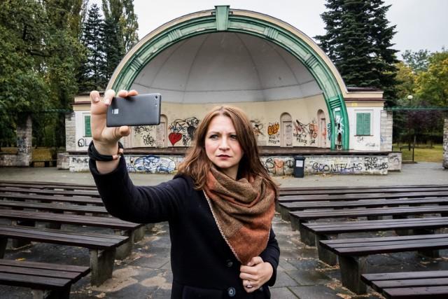 Tak jak ja zróbcie sobie selfie z muszlą koncertową - póki jeszcze stoi - i opowiedzcie nam, z czym Wam się kojarzy to miejsce. Czekamy!